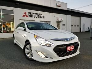 2013 Hyundai Sonata Hybrid Base; LOW KMS!