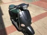 PIAGGIO VESPA ET4 Matt black 125cc spare or repair
