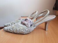 Silver Sequinned and Beaded Slingback Bridal Kitten Heels UK SIZE 3