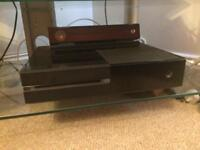 Day one Edition Xbox one with Kinect