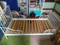 White metal Ikea minnen child's extendable bed