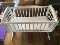 Baby crib in white