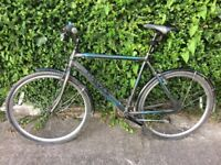 """DAWES DISCOVERY 22"""" HYBRID MEN'S BIKE WITH FRONT AND BACK MUDGUARDS"""