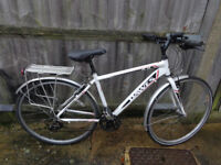 Dawes 19in hybrid aluminium bike, with new lights, v,g,c ready to ride can deliver