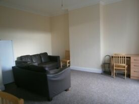 4 Bedroom Property To Rent In Acton