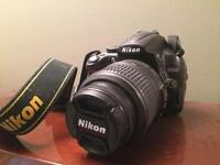 Nikon D5000 body and 18-55mm lens