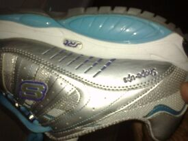 Keep fit Sketchers trainers