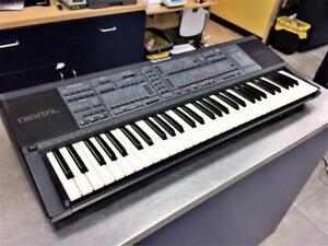 Clavier synthetiseur keyboard 61 notes ''Vintage'' Technics SXK-700  #F025463