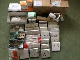 67 ITEMS OF ELECTRICAL MATERIALS/ACCESSORIES MK,LEGRAND,CRABTREE,HAGER,BG, ENLITE ETC