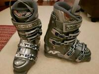 Nordica Ski boots UK 4 to 4.5, 24/24.5 women ladies