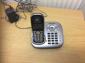 Panasonic cordless phone with answer machine and many features