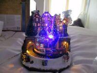 NEW CHRISTMAS LED FIBRE OPTIC VILLAGE WITH TRAIN