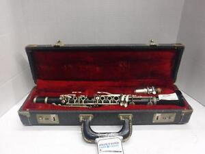 Bundy Clarinet. We also sell used musical instruments. 105170.