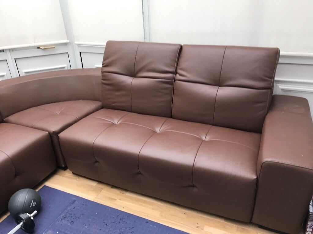 Brown Leather Corner Sofa 6 Months Old Selling Due To Space Needed