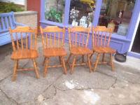 Lovey Set of 4 Solid Pine Farmhouse Slat-Back Kitchen Dining Chairs
