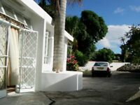 MAURITIUS. FREEHOLD LAND WITH 8BED HOUSE NEAR TOWN CENTRE. SUITABLE FOR BB