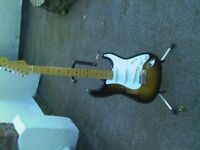 fender mim classic series 50s stratocaster with hard case