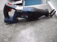 Bosch Reciprocating saw W/2 Batteries and charger w/Hard Case