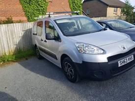 Peugeot partner van 5 seats 1.6 diesel