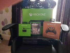 Xbox one 500gb bungle (see pics)
