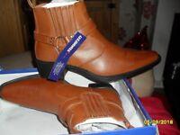 new cowboy boots 10
