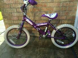 Child's bicycle -Sonic glamour. for 4-6 year.Price£30. £100-£120 WHEN NEW