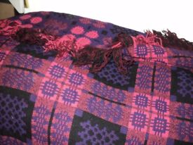 fabulous unsed welsh tapestry blanket which is reversible