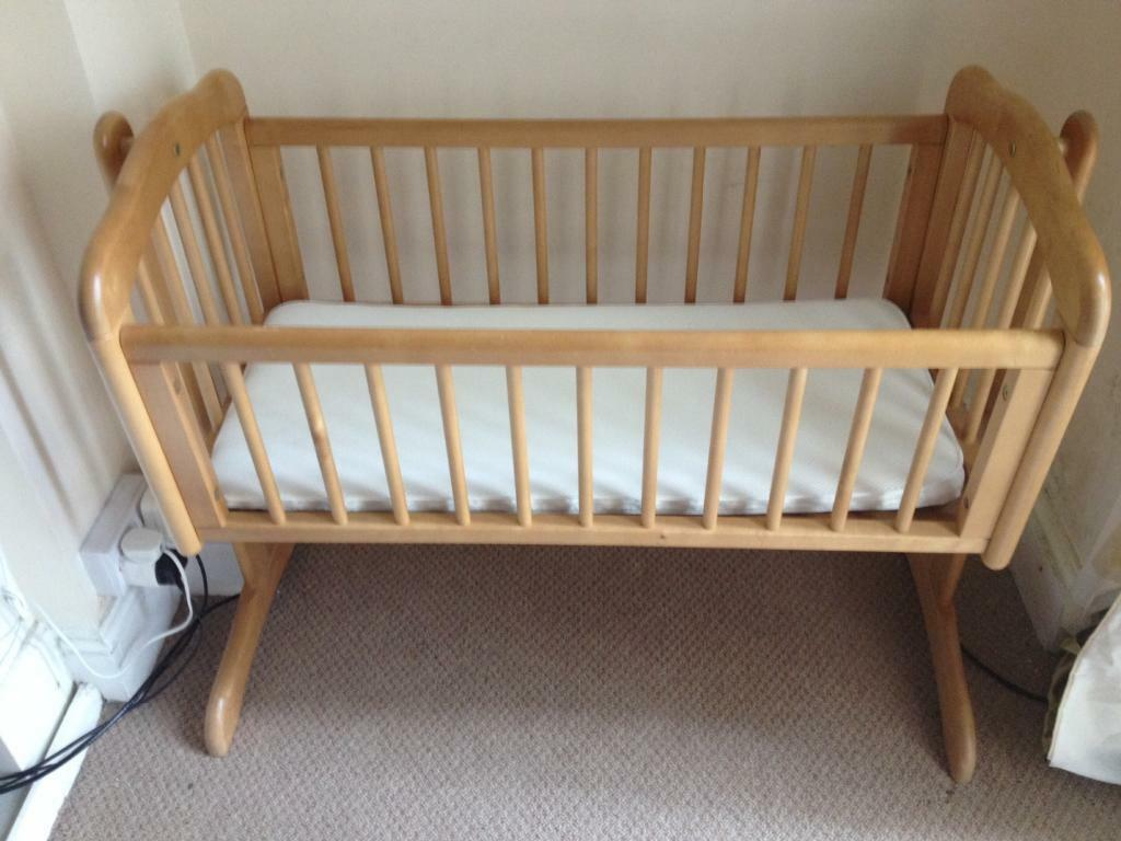 mothercare swinging crib instructions
