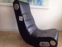 Gaming Chair: X-rocker, Rockster 2.1 , Black.