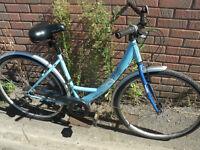 Apollo Metis Ladies Hybrid Bike