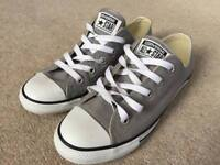 Women's size 5 Converse All Star - grey