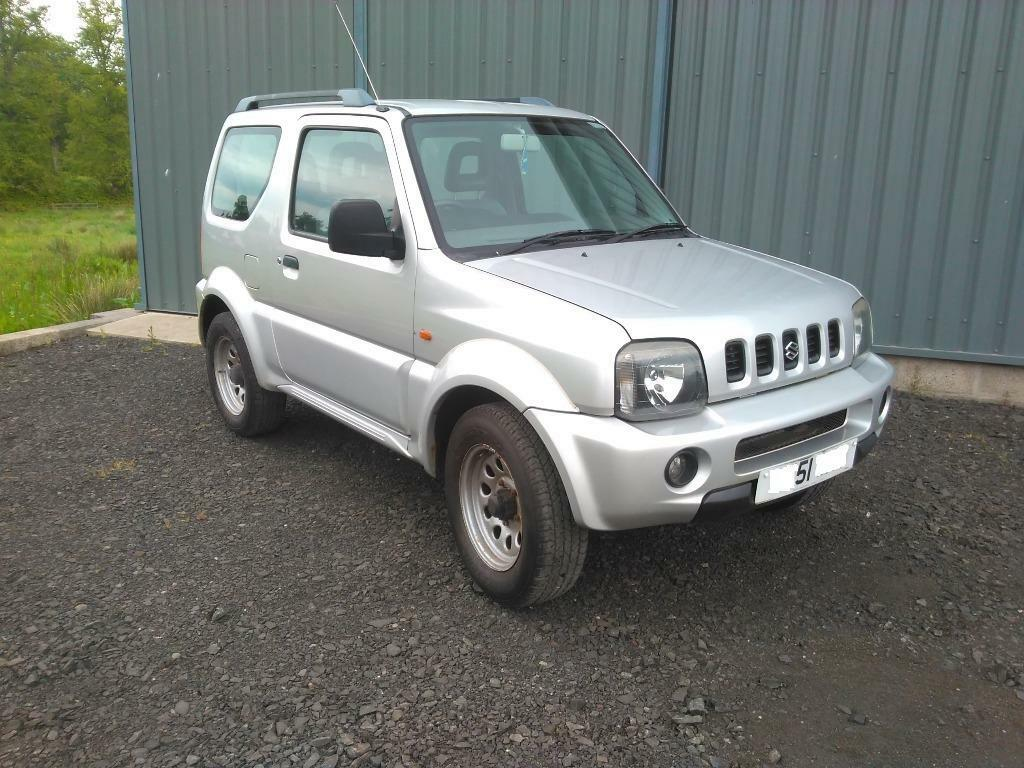 suzuki jimny jlx 4 x 4 automatic 1328cc 2001 51 plate full years mot in perth. Black Bedroom Furniture Sets. Home Design Ideas
