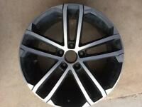 "Genuine vw Nogaro 18"" single alloy vgc"