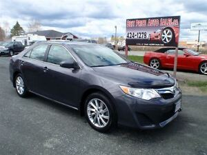 2014 Toyota Camry LE!! FACTORY EXTENDED WARRANTY!! NAVIGATION!!