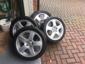 """Excellent Condition 5"""" Spoke VW 17"""" Alloys with 4 tyres"""