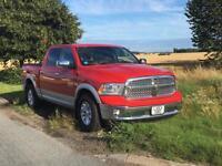 Dodge Ram 1500 Laramie 5.7 HEMI V8 2WD