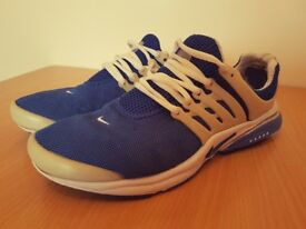 Nike Air Presto Blue/White Size: 8.5 (EU 43)