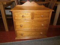 Lovely solid pine chest of 2 over 2 drawers, in great condition
