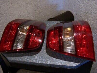 Mercedes ML-Klasse W164 2 Heckleuchten HELLA guter Zustand
