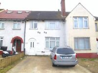 AMAZING VALUE 4 BEDROOM HOUSE WITH PARKING & GARDEN NEAR ZONE 3 TUBE, BUSES, SUPERMARKETS & SHOPS