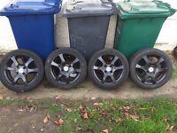 ford focus 15 inch alloys in black,£130