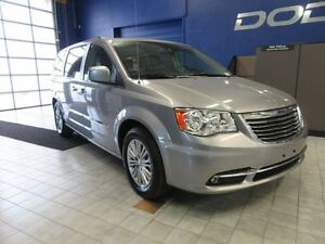 2016 Chrysler Town & Country TOURING-L w/GPS, DVD, LEATHER