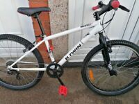 "BTWIN ROCKRIDER 300 girls mountain bike 24"" wheels in great conit"