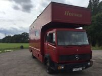 *** 1987 MERCEDES 814 HORSE LORRY WITH LIVING***