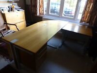 L SHAPED OFFICE DESK WITH 2 SLIDING DRAWERS