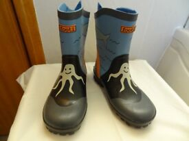 Child's Wellingtons. Size 13 (Eu 31). Brand new