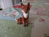 VINTAGE BESWICK FOX MODEL NUMBER 1748 MADE IN ENGLAND BY BESWICK IN GOOD CONDITION £20
