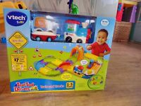 Vtech Toot Toot Drivers Deluxe Train & Track