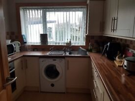 Room to rent in desirable area