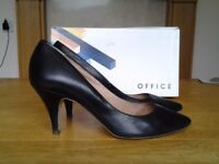 Black Vanquish Leather Court by Office -Size 7